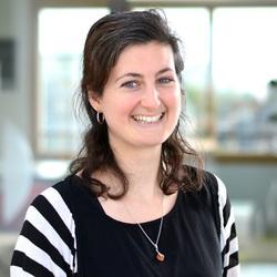 Virginie Pironin - alemán al francés translator