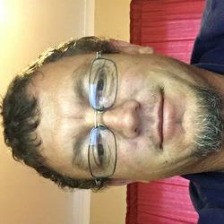 Deon Lewis - inglés a afrikaans translator