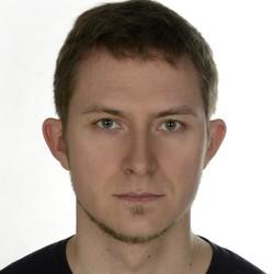Hubert Maciejewicz - polski > angielski translator