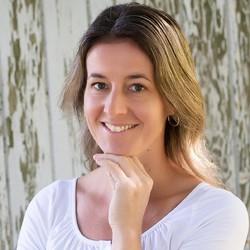 Jolinda van Leerzem - English to Dutch translator