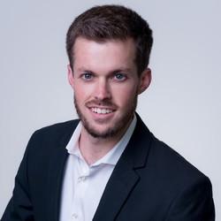 Stephen Kelley - angielski > portugalski translator