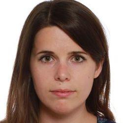Anna Treutnerová - inglés a eslovaco translator