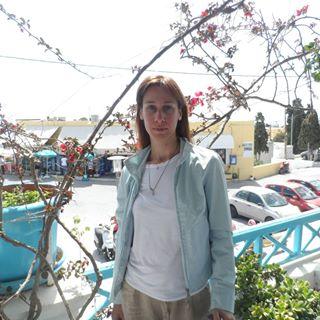 KATERINA SMPAROUNI - angielski > grecki translator