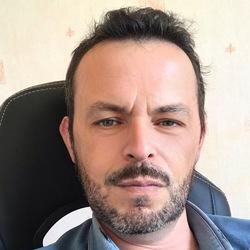 Benoit Hupin - inglés a francés translator