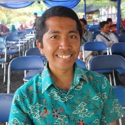Herfan Faudzil Anderson - inglés al indonesio translator
