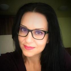 Elena Pop - inglés al rumano translator