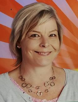 Katrin van der Leeden - English to German translator