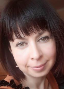 Orsolya Rák - English a Hungarian translator
