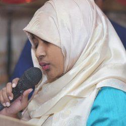 Ashiki Mukta - English to Bengali translator