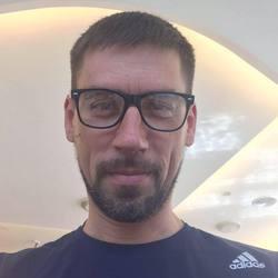 Kostiantyn Shkvarko - inglés a ucraniano translator