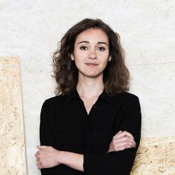 Maria Cotela Dalmau - hiszpański > kataloński translator