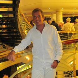 José Pérez - English to Spanish translator