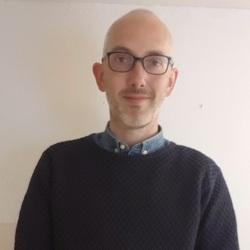 Andreas Petersen - inglés a danés translator