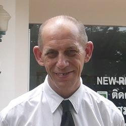 Martin Clutterbuck - tailandés a inglés translator