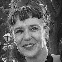 Maria Leonor Marques - English to Portuguese translator