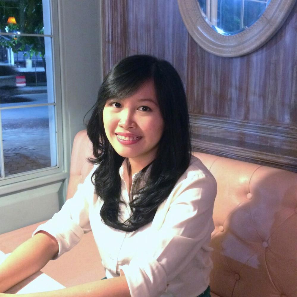 Indriani Lazuardi - angielski > indonezyjski translator