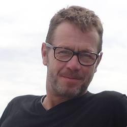 Daniel Hartmeier - inglés a alemán translator
