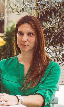 ELENA MITULESCU - inglés a rumano translator