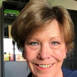 Cynthia Cook - włoski > angielski translator