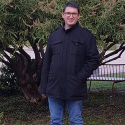 Zsolt Varga - English a Hungarian translator