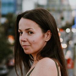 Bogdana Pidlisetska - angielski > ukraiński translator