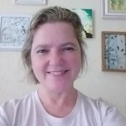 Alessandra Guerreiro - English to Portuguese translator