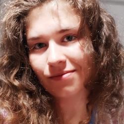 Ana Fascian - rumano a inglés translator