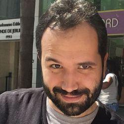 Fabricio Moreira - English to Portuguese translator