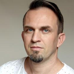 Branislav Bratko - angielski > słowacki translator
