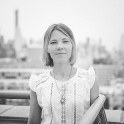 Anna Livermore - angielski > rosyjski translator