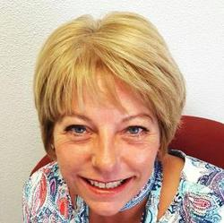 Christine van Hulst - English to Dutch translator