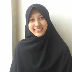 erna susi - English to Indonesian translator