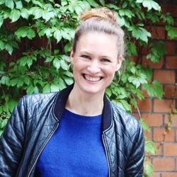 Marie Ltotheb - francés a alemán translator