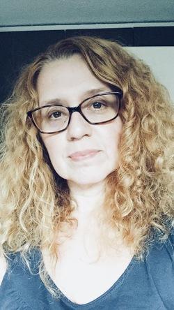 Claudia Lopes - Italian to Portuguese translator