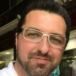Emanuel Dumitru - griego al rumano translator