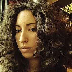 Stella Konstantaki - inglés a griego translator