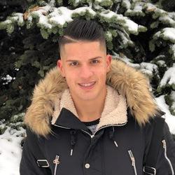 Valeri Karamfilov - angielski > bułgarski translator