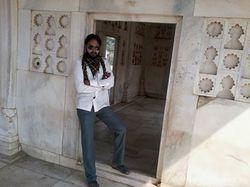 Sarfaraz Shaikh - inglés a urdu translator