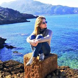 Sarraa Lashin - inglés a árabe translator