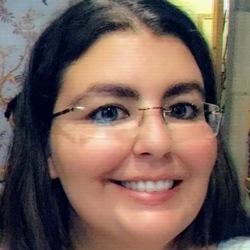Lidia Oliveira - English to Portuguese translator