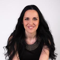 Iustina Ikert - Italian to English translator