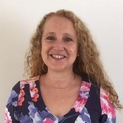 Jennifer Arcanjo - portugalski > angielski translator