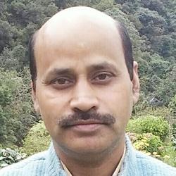 Dr.Shyam Babu Sharma - inglés a hindi translator