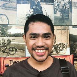 Geraldo Latumahina - inglés a indonesio translator