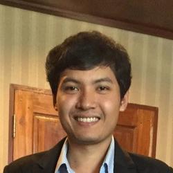 Paramate Soontornwipat - tailandés a inglés translator