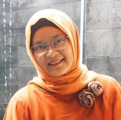 Widi K. Febrijuniaty - inglés a indonesio translator