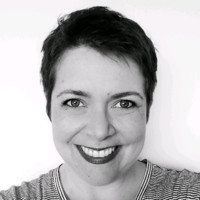 Cassia Zanon - English to Portuguese translator
