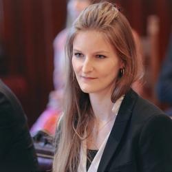 Aurélie Bartholomée - German to French translator