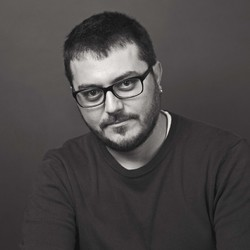 Mircea Pricajan - inglés a rumano translator