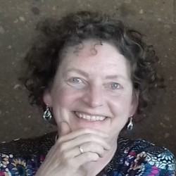Jane Martin - español a inglés translator